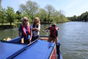 Boat tuition courses River Thames Berkshire and Oxfordshire