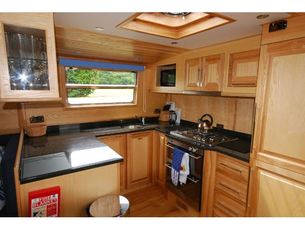 Geanna Fully Fitted Kitchen 1